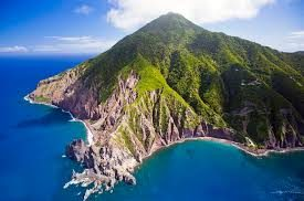 What is the smallest Caribbean island , we say Saba